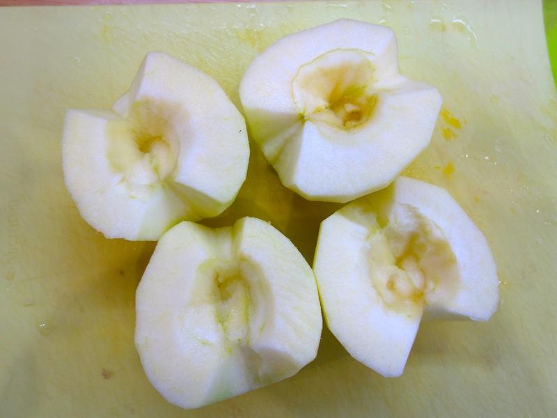 Свиные ребрышки в мёде и яблоках